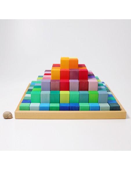 Pirámide escalonada Grimm´s