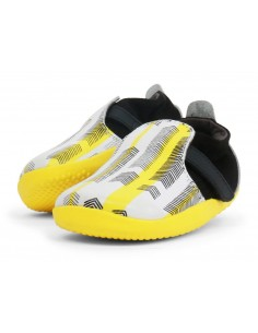 500060 Xplorer Aktiv ArrowsBlack + Yellow Zapato primeros pasos de la marca Bobux SS19