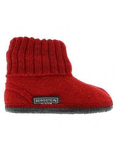 Zapatilla minimalista, ideal para casa o para la guardería.