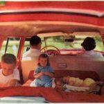 Cosas que NO hay que hacer en el coche para llevar a tus peques con seguridad
