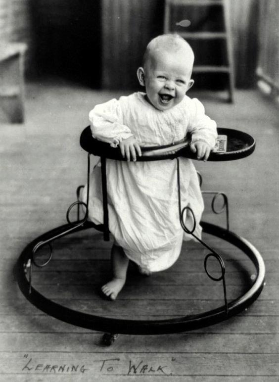 Bebé en andador